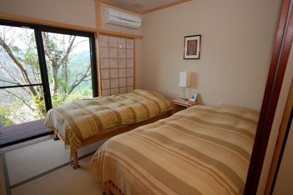 Western style guestroom with Tatami flooring