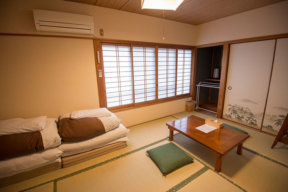 Sample private Japanese guestroom